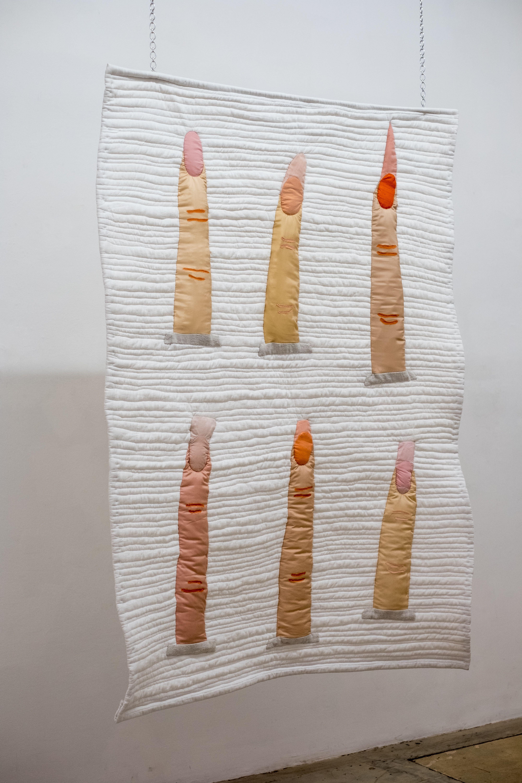 """Charlotte Klobassa, """"Kapitälchen"""", linen, cotton, silk, 190 x 130 cm, 2019"""