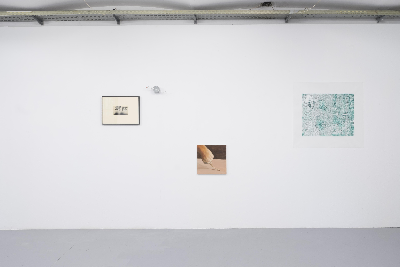 Installationsansicht Curved Arrows, Savvas Christodoulides, Nikos Kanarelis, Stefania Strouza