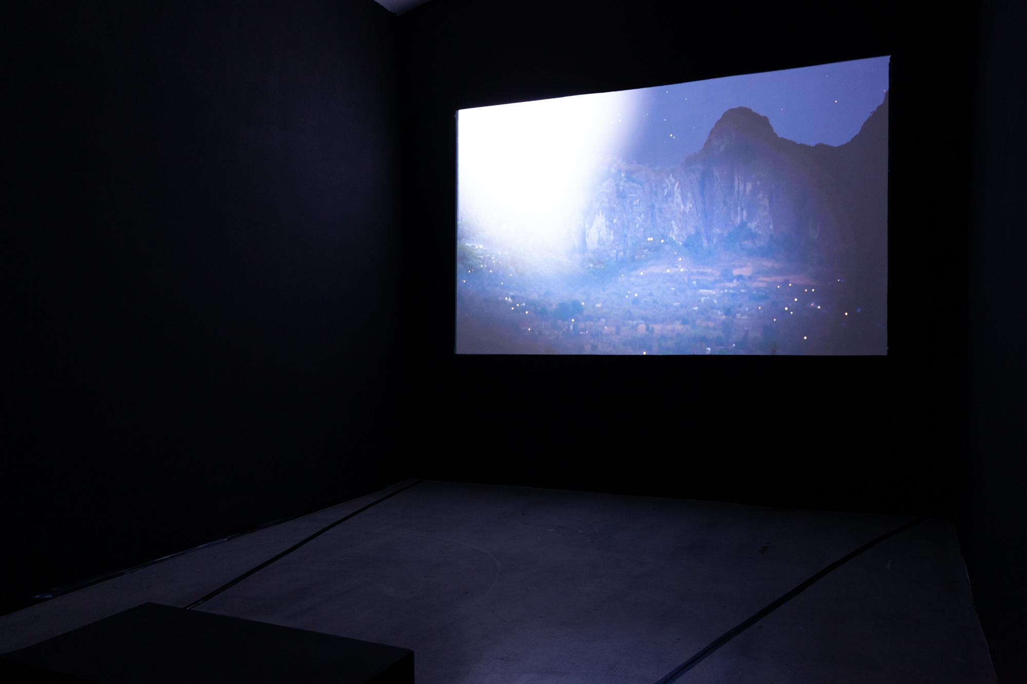 Installationsansicht NOCHE BUENA, Julien Devaux, Foto: Björn Segschneider