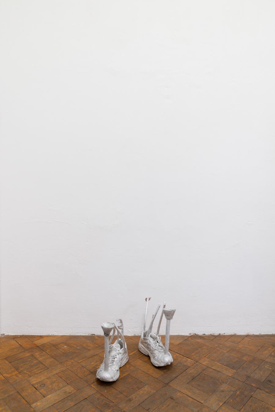 """Hans Schabus, """"Lichtblau"""", Aluminium, 46 x 45 x 32 cm, 2017"""