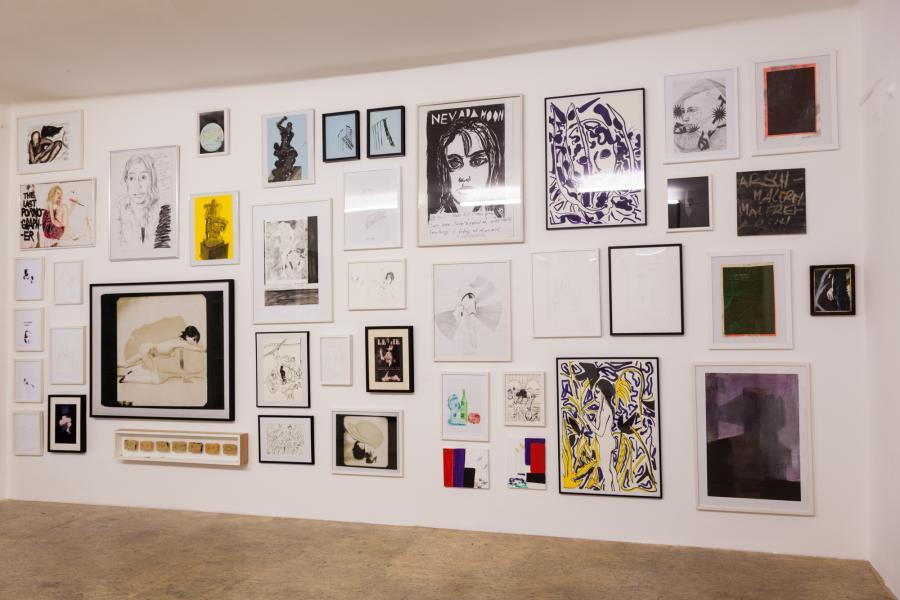 Ausstellungsansicht REVUE, Büro Weltausstellung, 2016, Foto: Björn Segschneider