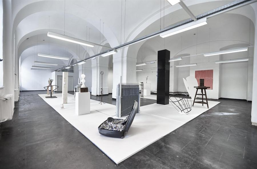SkulpturParcours | Ausstellungsansicht | WAF @ Parallel