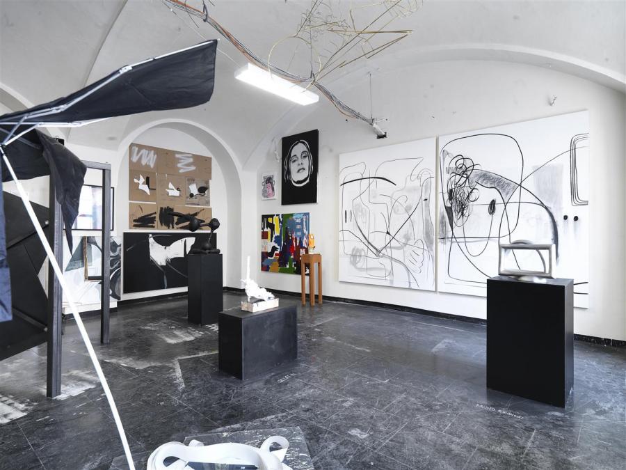 Wunderkammer | Ausstellungsansicht | Büro Weltausstellung @ Parallel