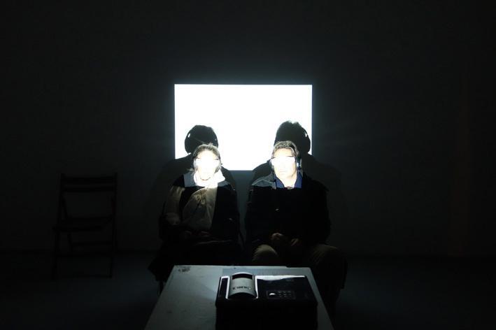 Installationsansicht Through Looking Glasses ANDREA BOŽIĆ & JULIA WILLMS im Kunstraum am Schauplatz